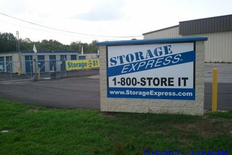 Main sign that says Storage Express, 1-800-STORE IT