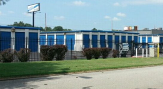 Street view of Evansville storage facility