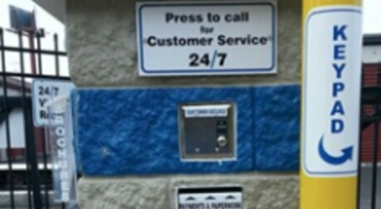 Entry keypad and customer service call button