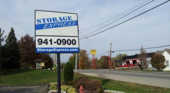 Storage Express sign with phone number - 941-0900