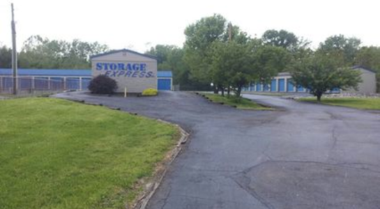 Storage Express main sign